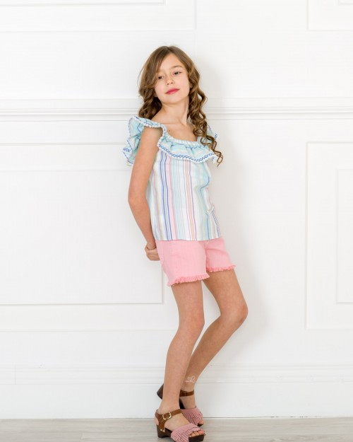 Outfit Blusa Rayas & Short Denim Rosa