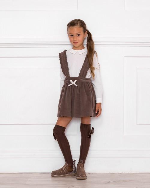Outfit Camisa Cuello Francés & Falda Tirantes Pana Chocolate