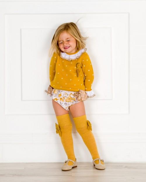 Outfit Conjunto Jersey Mostaza con Calzas & Pepitos