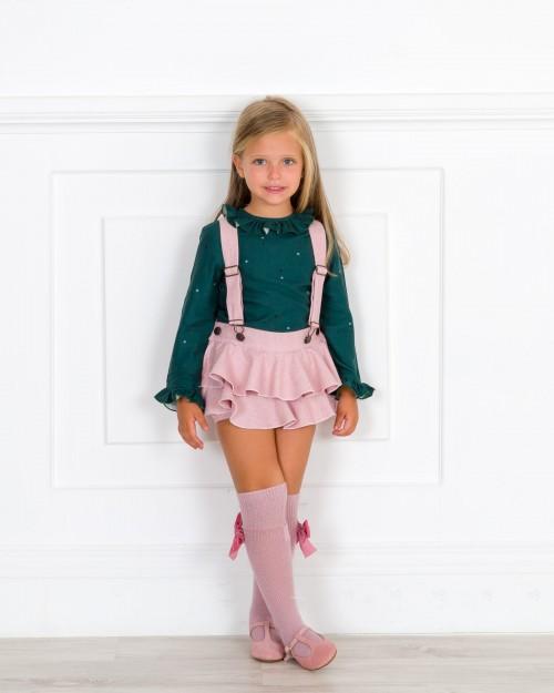 Outfit Niña Conjunto Blusa Verde & Peto Volantes Rosa Palo