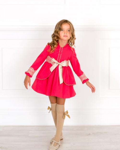 Outfit Niña Vestido Vuelo Fajín Volantes Desmontable Rojo & Puntilla Beige