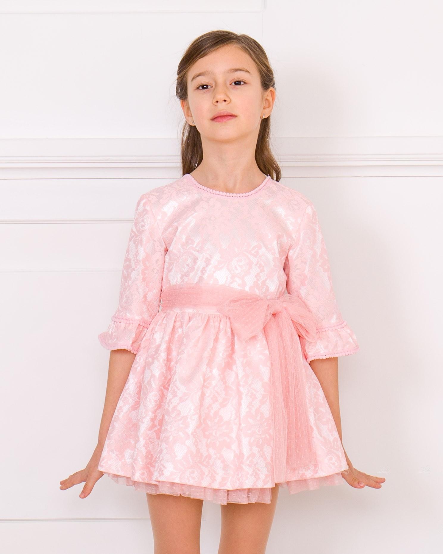 a499f9d90 ... Nekenia Vestido Niña Manga Francesa Raso   Encaje Rosa ...