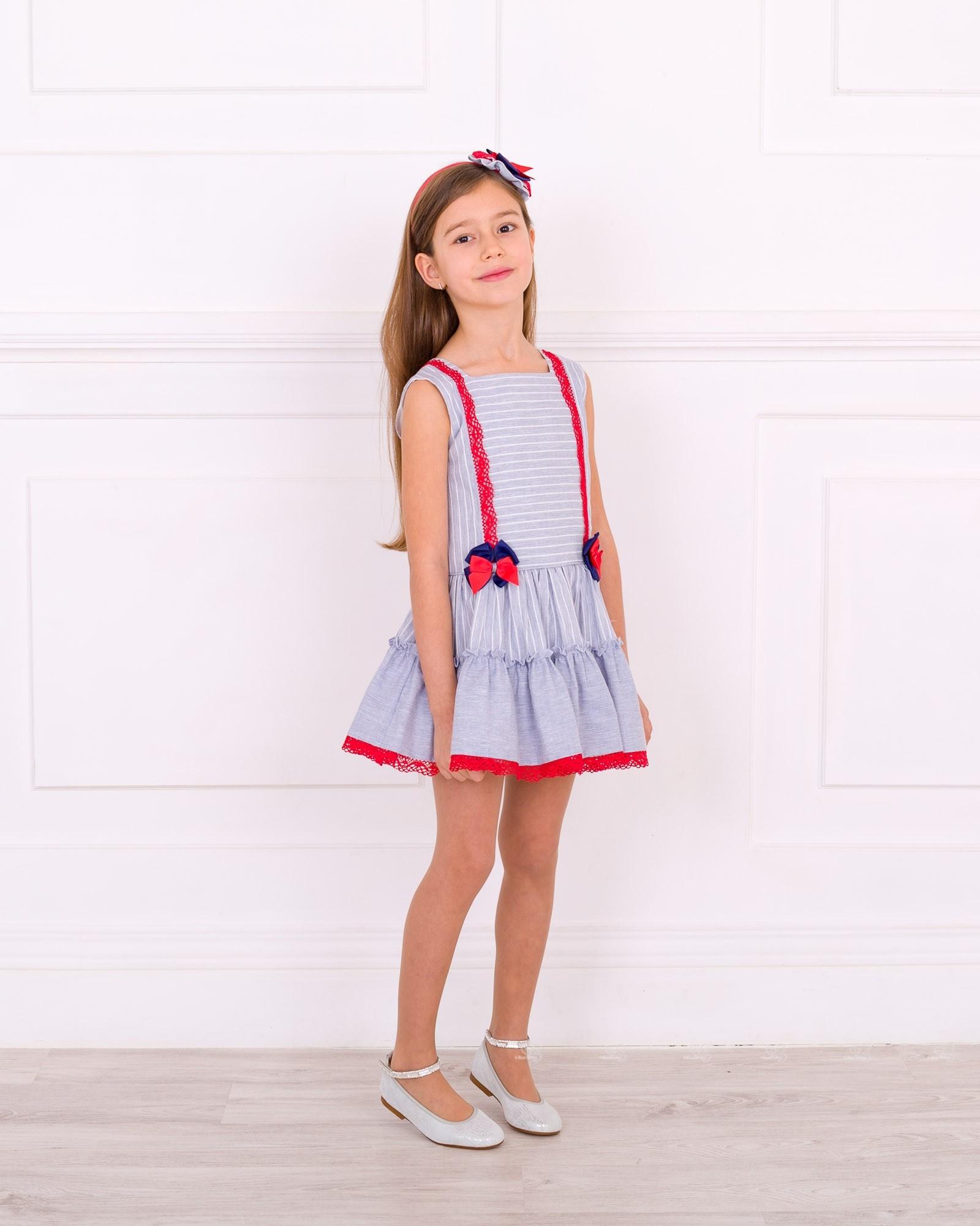 Vestido a rayas azul y blanco