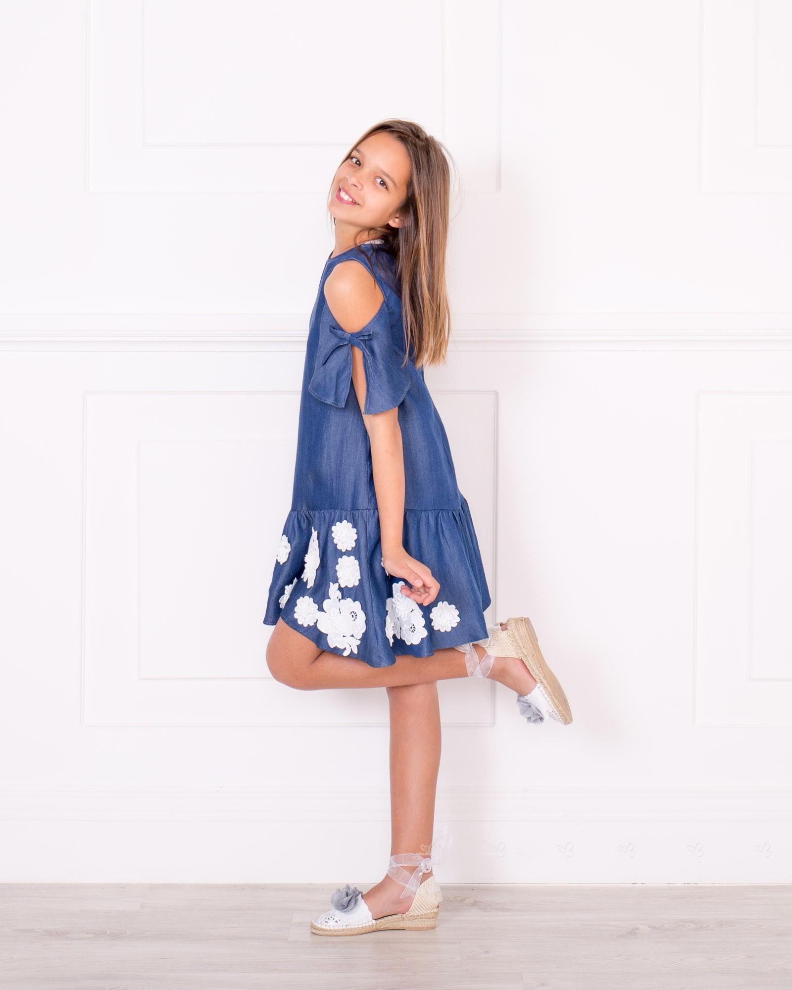 Outfit Vestido Chambray Hombro Descubierto u0026 Bajo Volante Azul | Missbaby