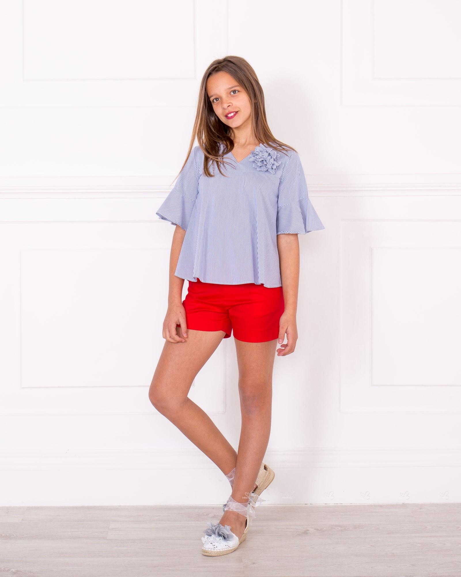 Outfit Blusa Rayas Azul U0026 Blanco Con Broche Flor U0026 Short Algodu00f3n Rojo | Missbaby