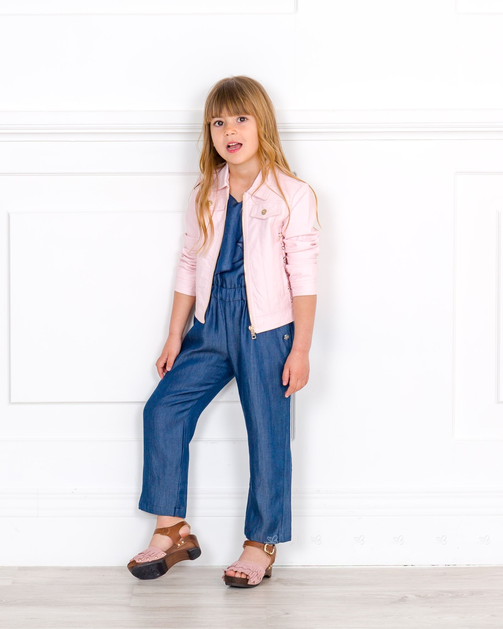 Outfit Mono Chambray Azul U0026 Cazadora Rosa - Outfits | Missbaby