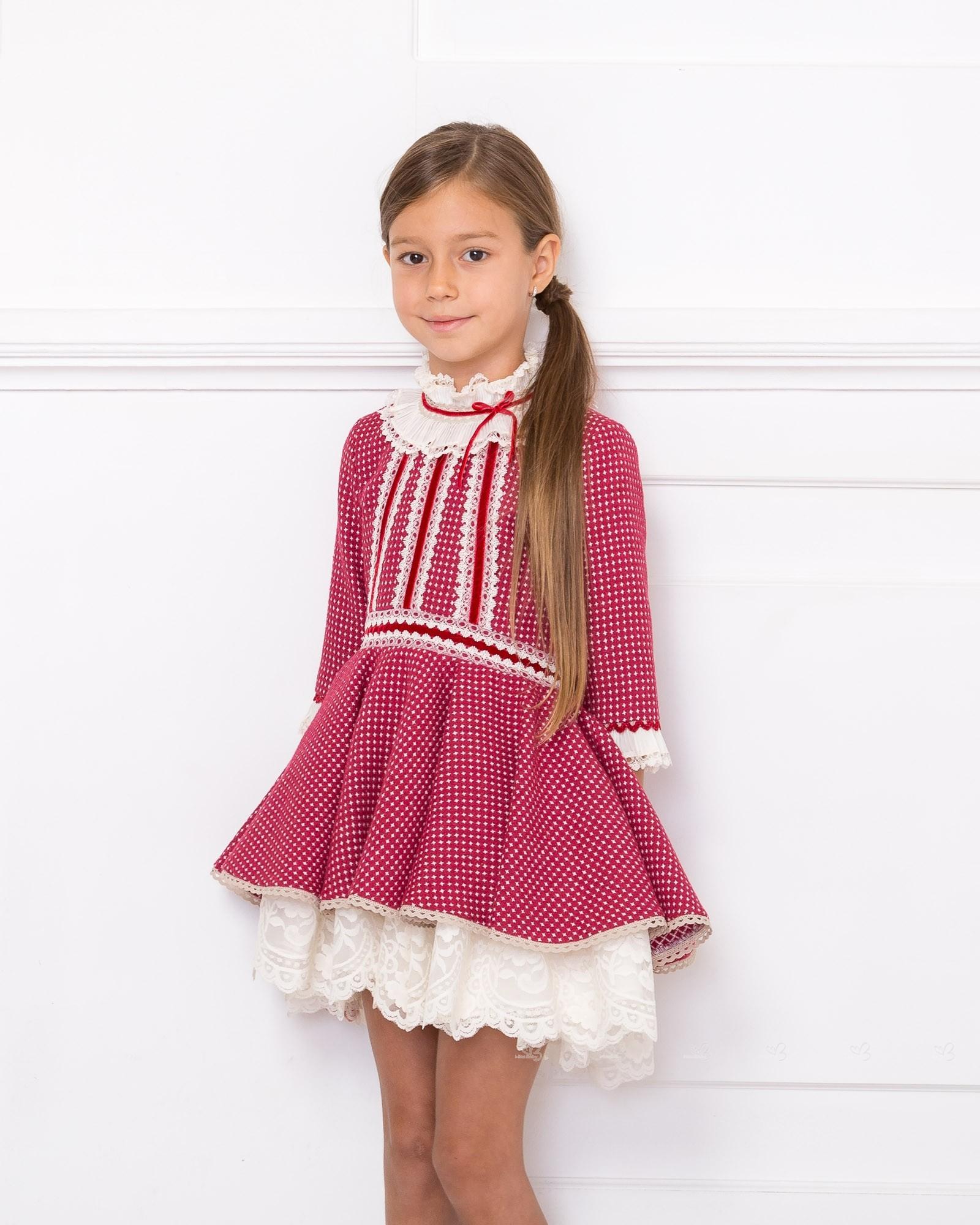 Chari Sierra. Vestido Bajo Asimétrico Tweed Rojo Frambuesa & Crudo ...