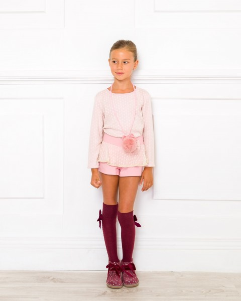 Outfit Conjunto Camiseta & Short Rosa con Cuello Desmontable
