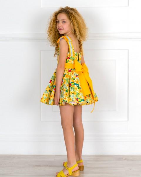Outfit Niña Vestido Vuelo Estampado Flores & Loros & Zuecos Amarillos
