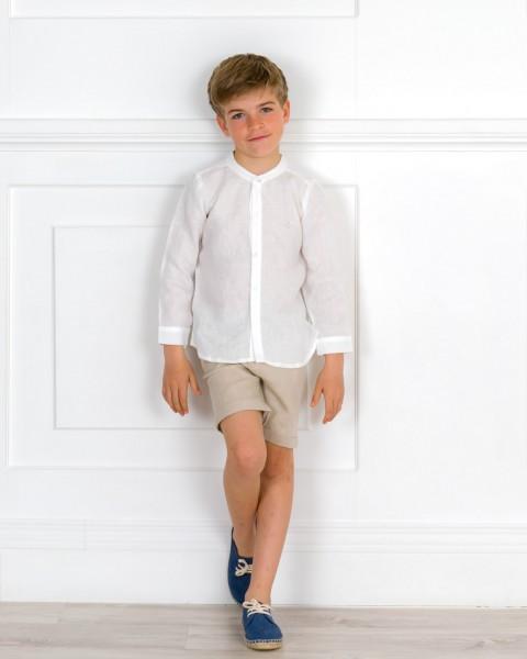 Outfit Niño Conjunto Camisa Lino Blanco & Short Beige & Alpargatas Cordones Azul