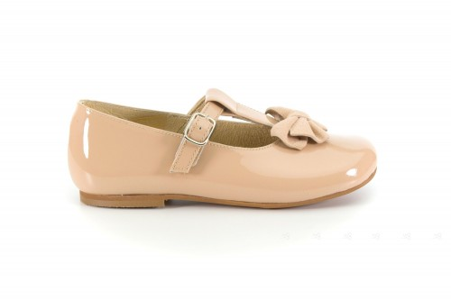 Beige Patent Leather Mary Janes with suede bow