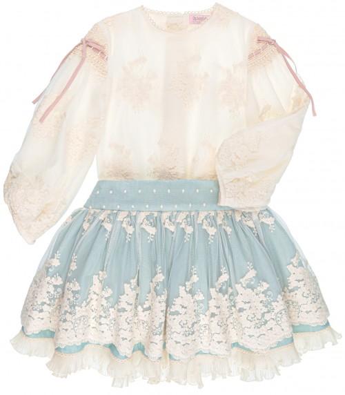 Conjunto Niña Blusa Tul Bordado Beige & Falda Volantes Azul Empolvado