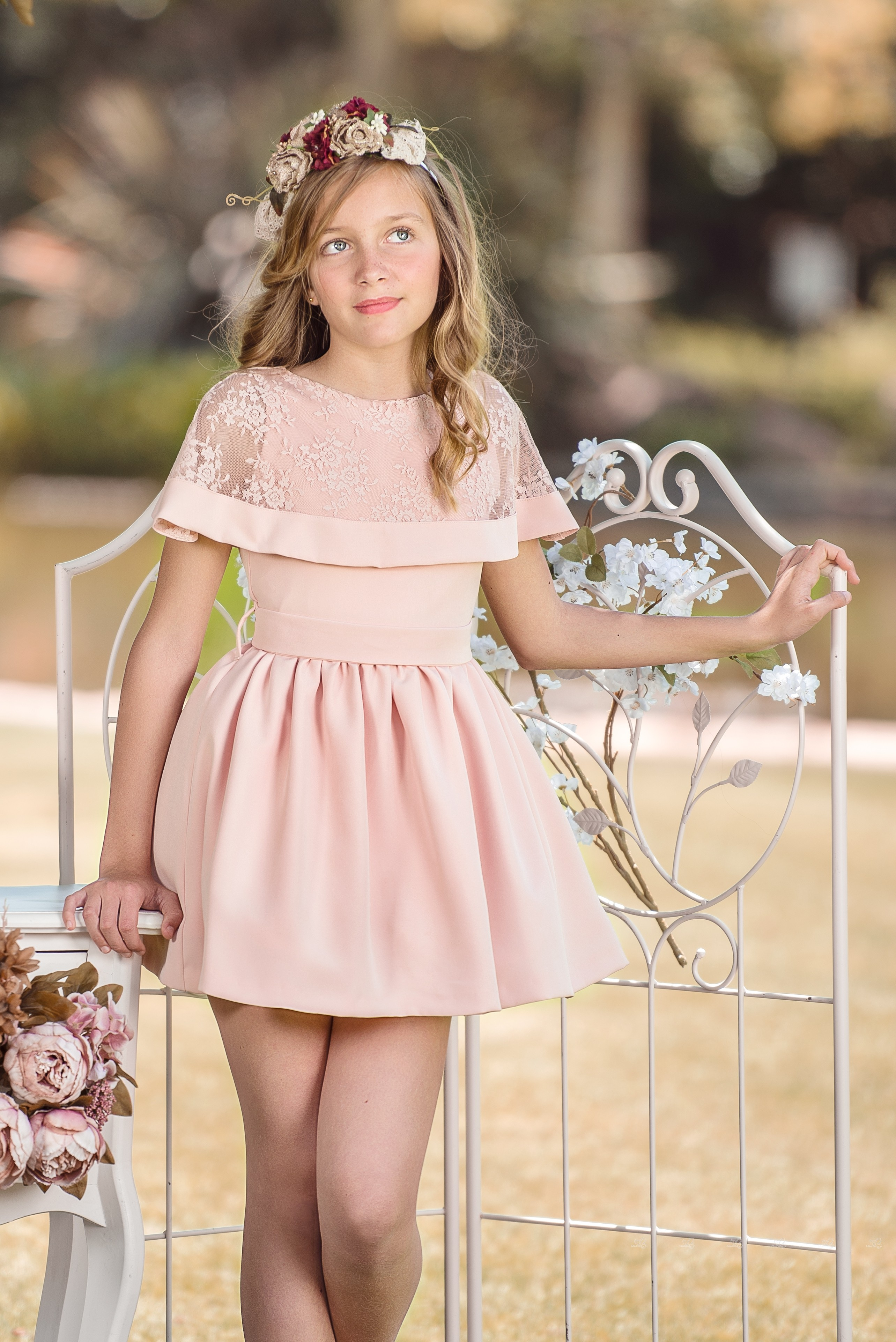 Nekenia Girls Pale Pink Dress With Floral Lace Collar