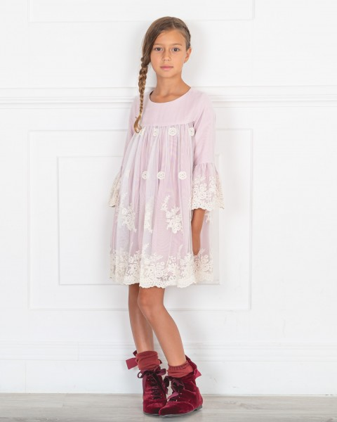 Outfit Niña Vestido Tul Bordado Rosa Empolvado & Botines Terciopelo Granate