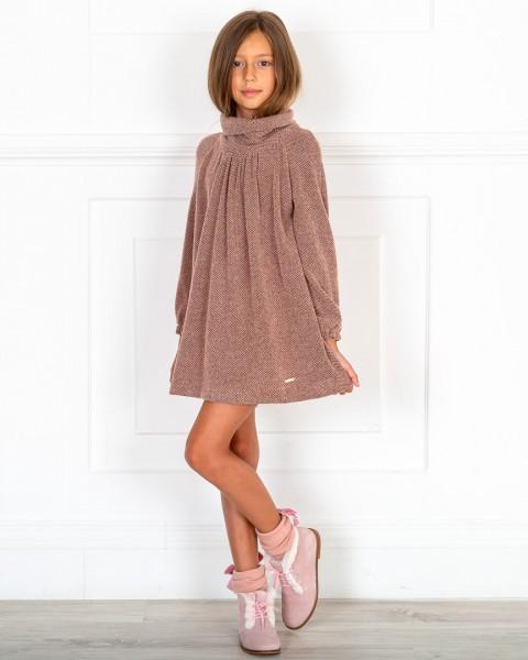 Outfit Niña Vestido Punto Elástico Rosa & Cuello Vuelto & Botines Piel Serraje Rosa